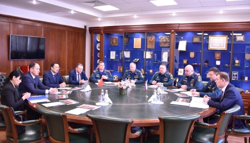 A delegation of the Ministry of Emergencies of the Kyrgyz Republic on a working visit visited the State Fire Service Academy of the Ministry of Emergencies of Russia